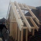 <p>Side dormer with en-suite roof window opening.</p>